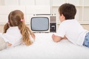 kids_in_front_of_tv